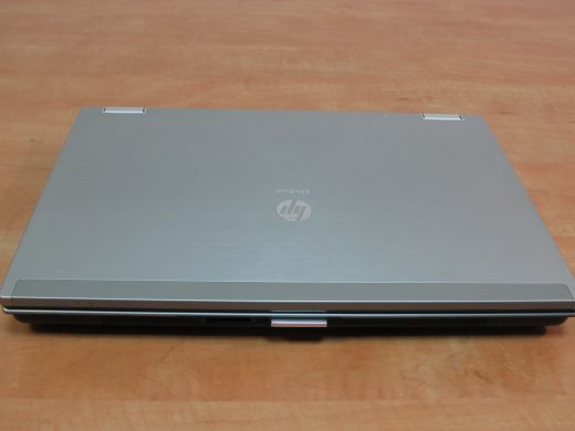 HP EliteBook 2540p / 12.1'' / 1280x800 / Intel Core i5-540M (2 (4) ядра по 2.53GHz) / 8 GB DDR3 / 500 GB HDD / web-cam